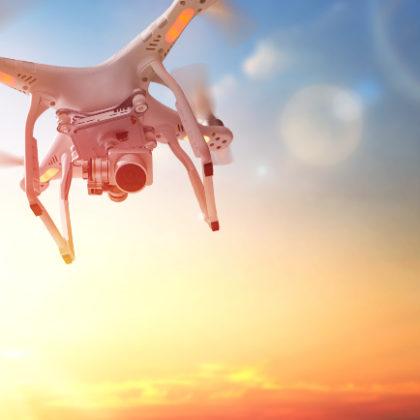dron na nebi